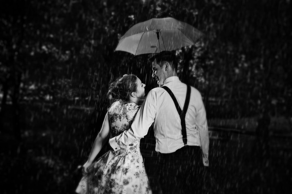 romantic-couple-black-and-white - Couchman Hanson Solicitors